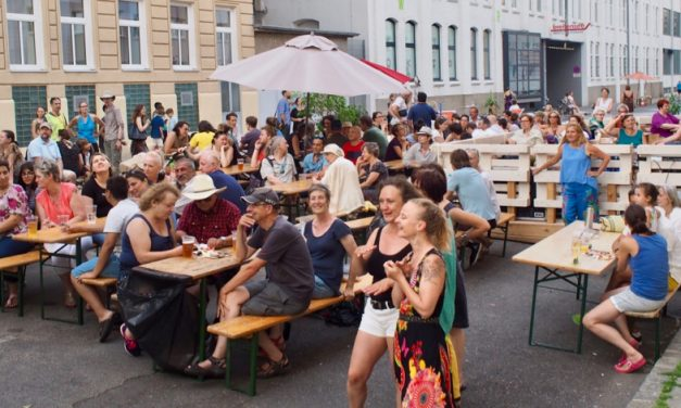 """Das war das Straßenfest """"Lebenswerte Goldschlagstraße 2017"""""""