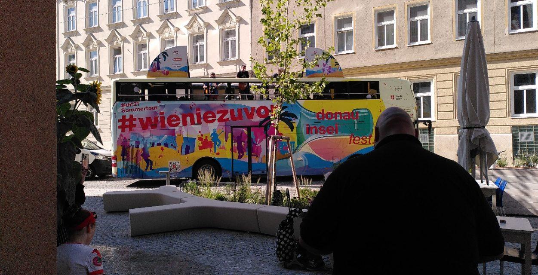 Die Wödmasta Donauinselfest – vor der Sargfabrik